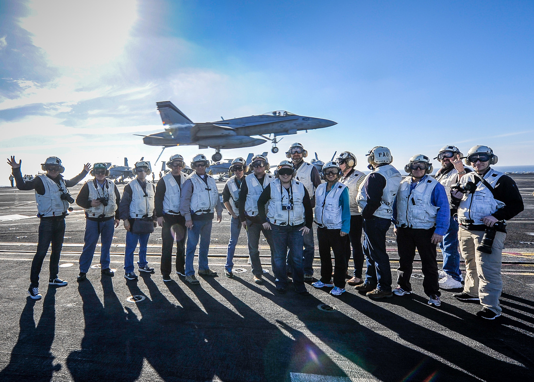 Photo: US Navy 140123-N-HD510-024